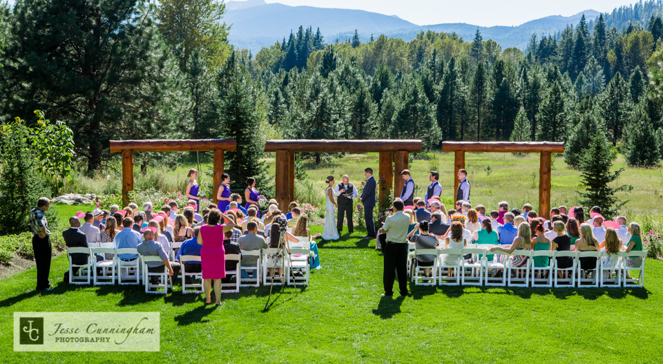 Pine-River-Ranch-Leavenworth-wedding-010