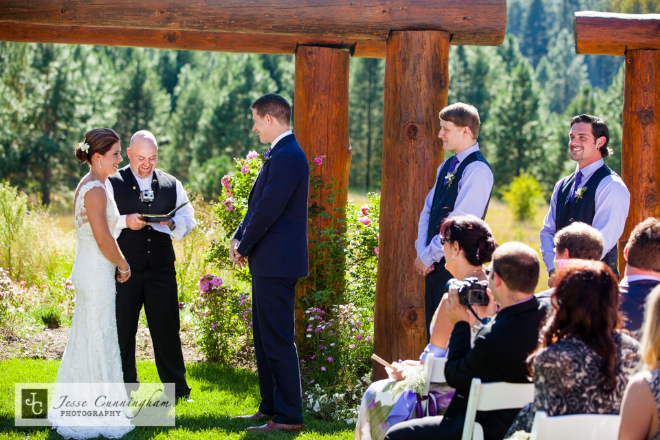 Pine-River-Ranch-Leavenworth-wedding-011