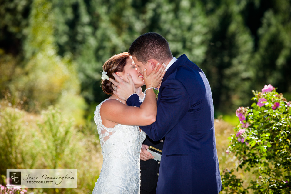 Pine-River-Ranch-Leavenworth-wedding-012